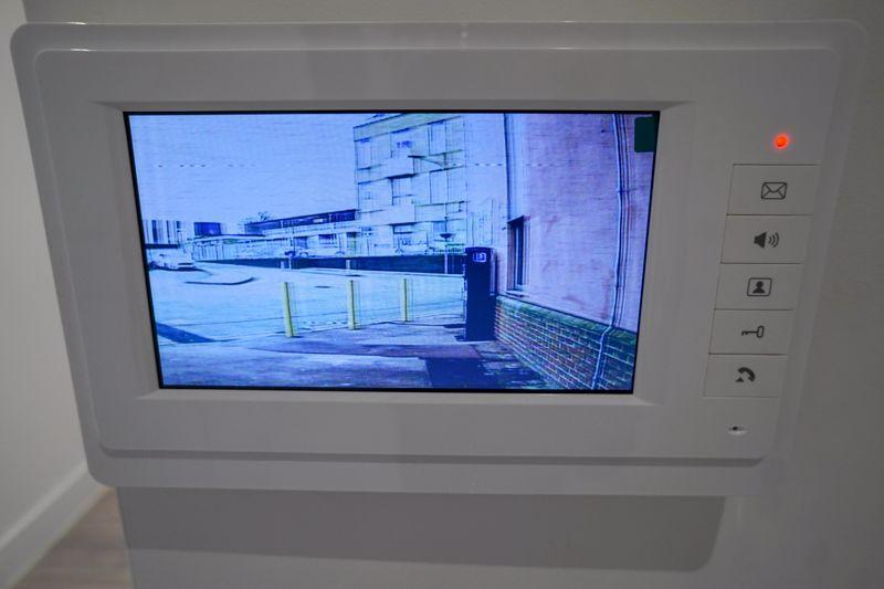 Video Entrance...