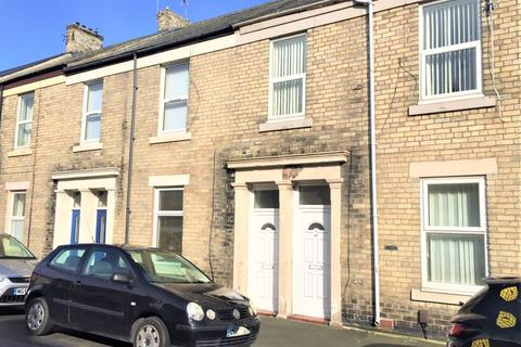 3 bedroom apartment to rent - North King Street, North Shields