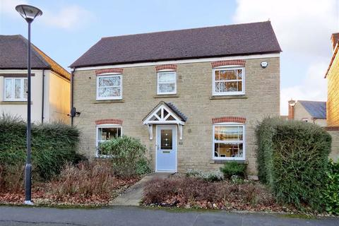 4 bedroom house for sale - Alicia Close, Swindon, Wiltshire