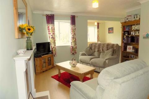 1 bedroom flat for sale - Cheney Manor Road, Swindon, Wiltshire