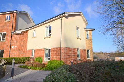 2 bedroom flat for sale - Meadow Court, Pewsey, Wiltshire