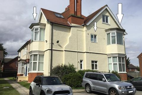 2 bedroom flat for sale - 5 The Mount, Mill Road, Cleethorpes DN35 8JD