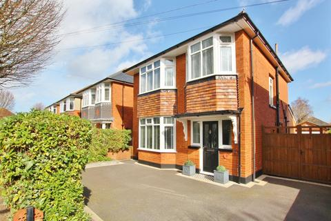3 bedroom detached house for sale - Haverstock Road, Bournemouth