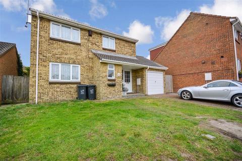 4 bedroom detached house for sale - Ivychurch Gardens, Margate, Kent