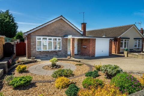 3 bedroom detached bungalow for sale - Connaught Way, Huntington, York