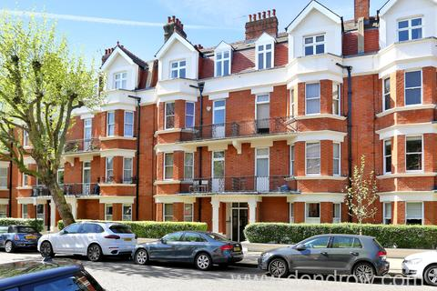 3 bedroom flat for sale - Castellain Mansions, Castellain Road, London W9