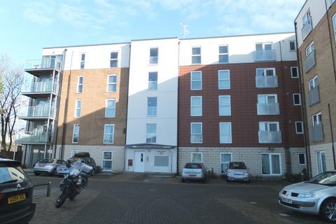 2 bedroom flat to rent - Bertelli House, Mono Lane, Feltham, TW13