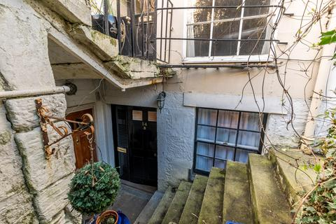 Studio for sale - Edinburgh EH3
