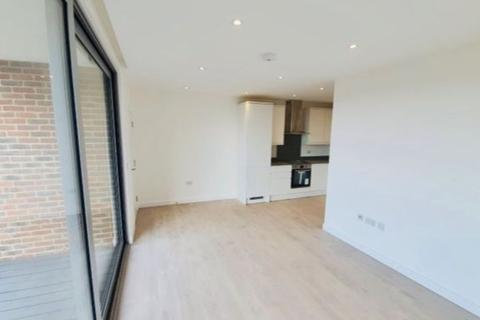 2 bedroom apartment to rent - West Green Road  N15