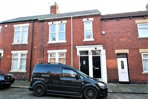 2 bedroom flat for sale - Taylor Street, South Shields