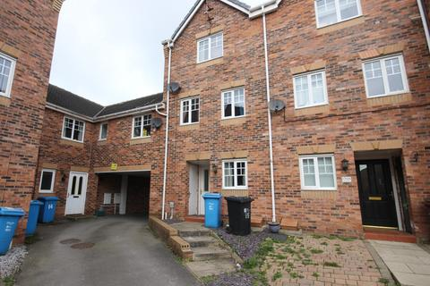 4 bedroom terraced house to rent - Haigh Park, Kingswood, Hull, HU7