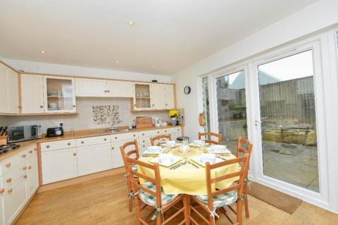 3 bedroom semi-detached house to rent - Harbour View, Station Road