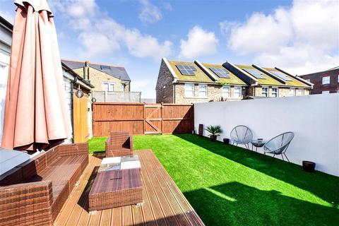 3 bedroom bungalow for sale - High Street, Ramsgate, Kent