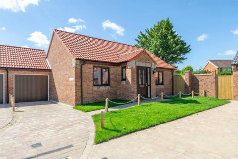 2 bedroom detached bungalow for sale - Fakenham