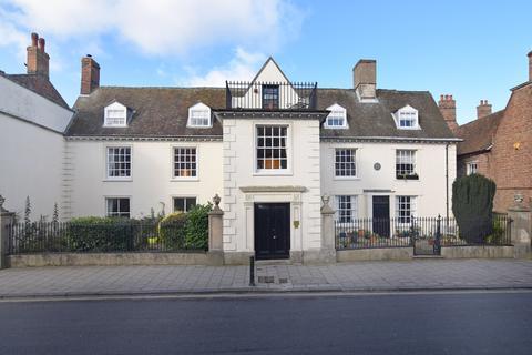 2 bedroom ground floor flat for sale - Old School Court, King Street