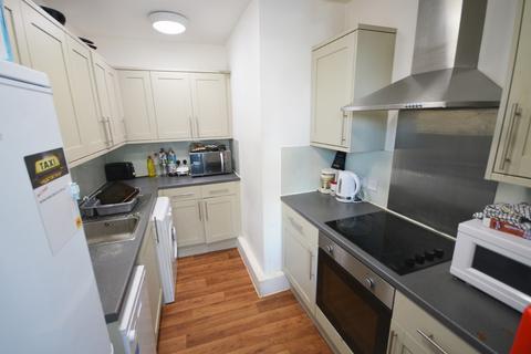6 bedroom apartment to rent - Holdenhurst Road, Bournemouth