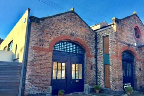 2 bedroom mews to rent - Sandfield Road, Gateacre
