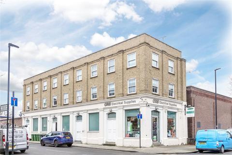 2 bedroom flat for sale - Smedley Street, Clapham, London