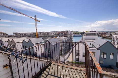 3 bedroom apartment for sale - West Hoe Road, Plymouth