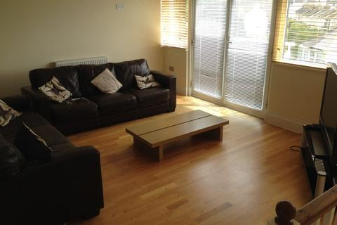4 bedroom house share to rent - Room 5, 21 Harmony Court, Plymouth