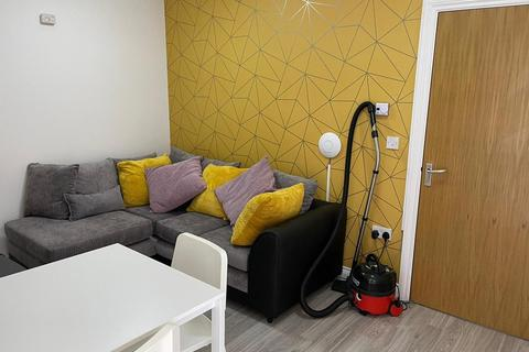 5 bedroom flat share to rent - GROUND FLOOR FLAT - Belgrave Road, Plymouth