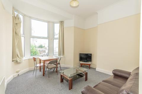 2 bedroom flat share to rent - Flat 3, Room 1 - Sutherland Road, Plymouth