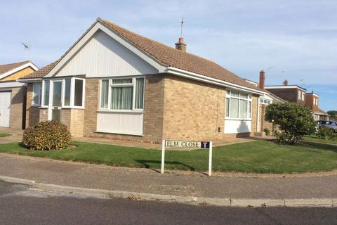2 bedroom detached bungalow for sale - Elm Close, Bognor Regis