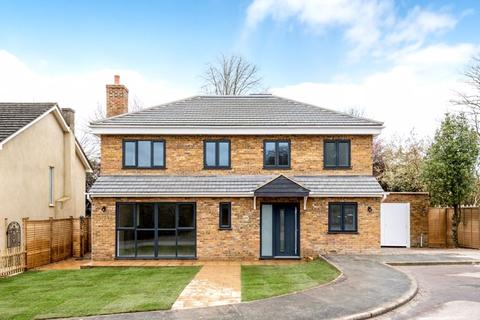 5 bedroom detached house for sale - Box Ridge Avenue, Purley