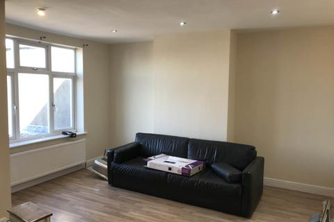 2 bedroom flat to rent - Southmead Road, Westbury On Trym, Bristol