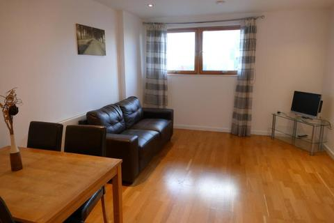 1 bedroom apartment to rent - THE GATEWAY NORTH, CROWN POINT ROAD, LEEDS, LS9 8BX