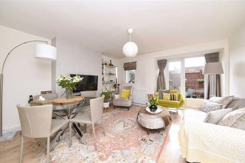 2 bedroom flat for sale - Basing Way, Finchley, London, N3