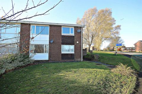 2 bedroom flat to rent - Thropton Close, Chester Le Street