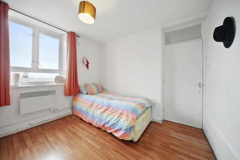 2 bedroom property for sale - Dorman Way