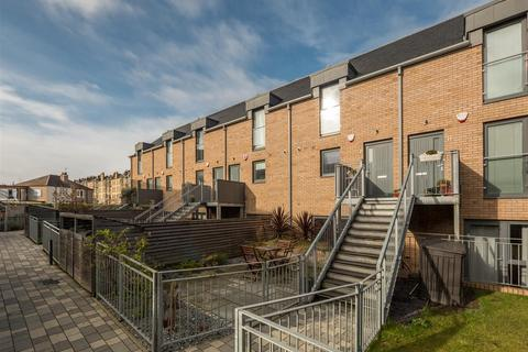 2 bedroom duplex for sale - 1e Mcdonald Place, Edinburgh, EH7 4NH