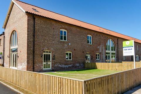 4 bedroom barn conversion for sale - Buttercup Cottage, Enholmes Farm, Patrington