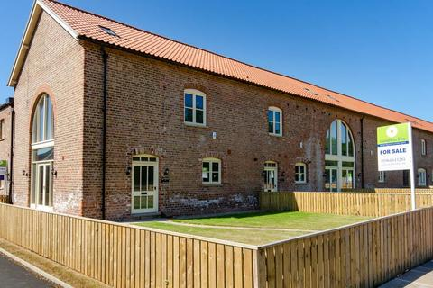 4 bedroom barn conversion for sale - Buttercup Cottage, Enholmes Farm, Patrington