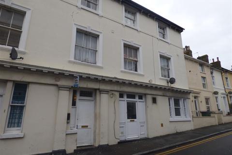 2 bedroom flat to rent - Harvey Street, Folkestone