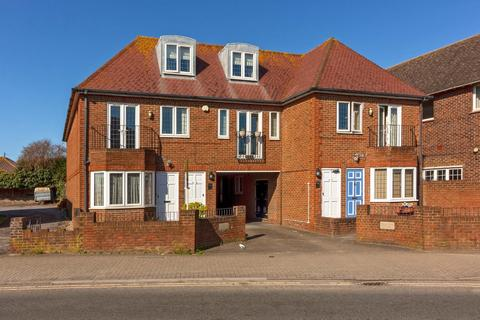2 bedroom flat for sale - South Street, Lancing