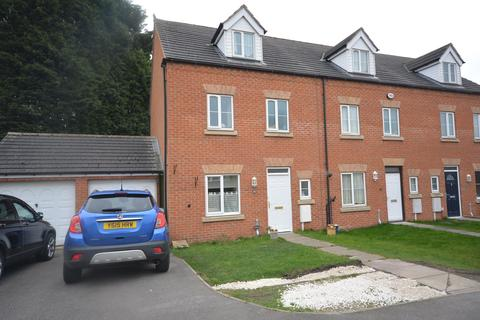 4 bedroom townhouse for sale - St. Chads Way, Whittington Moor, Chesterfield, S41 8RN
