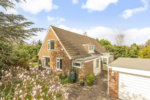 4 bedroom detached house for sale - Mereworth Close Bromley BR2