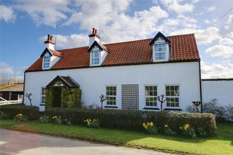 4 bedroom detached house for sale - Bentley, Beverley, East Yorkshire, HU17