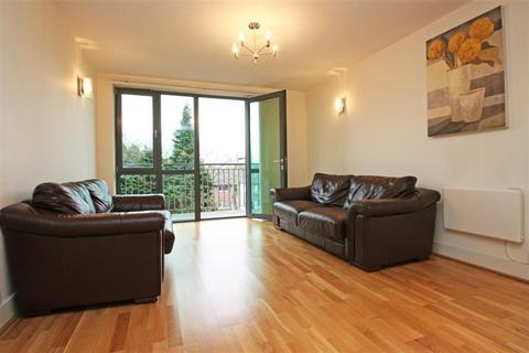 2 bedroom flat to rent - Nonsuch House, Chapter Way, London, SW19