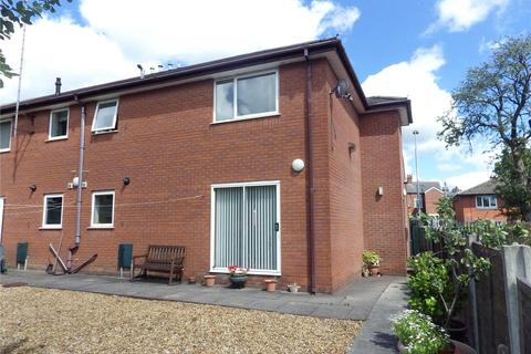 2 bedroom apartment to rent - Charlestown Court, Turner Lane, Ashton-under-Lyne, Greater Manchester, OL6