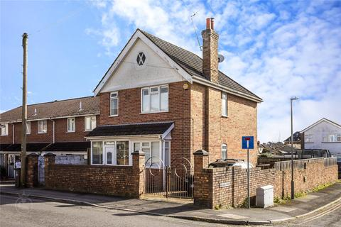 3 bedroom detached house for sale - Woking Road, Lower Parkstone, Poole, BH14