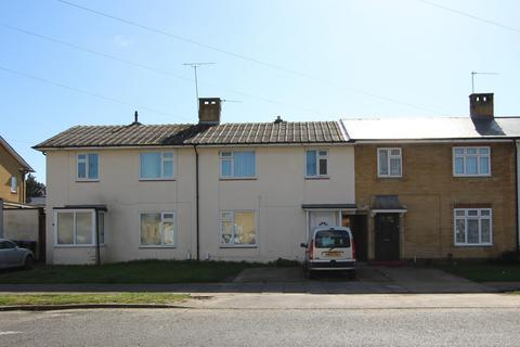 3 bedroom house to rent - The Strand, BN12