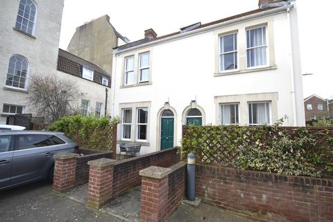 2 bedroom semi-detached house for sale - Albert Park Place, Bristol, Somerset, BS6