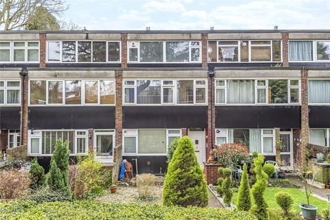 3 bedroom maisonette for sale - Leaf Close, Northwood, Middlesex, HA6