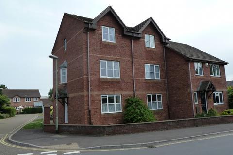 2 bedroom flat to rent - Haven Banks