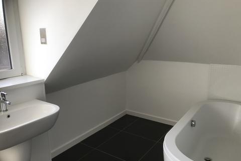 2 bedroom apartment to rent - 14 Sands Road, Paignton TQ4