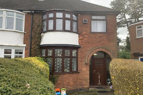 3 bedroom semi-detached house to rent - Blankley Drive, Leicester, LE2